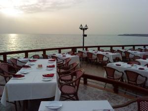 Отзыв Бехзода о работе за рубежом в ресторане (Дубаи, ОАЭ)