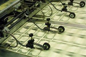 Россияне вывели за границу около 1,3 трлн рублей