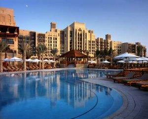 Работа в отелях Madinat Jumeirah - свежие вакансии в ОАЭ